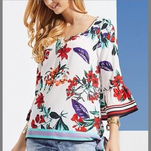 Host pick New Suzanne Betro Floral Bell-Sleeve top